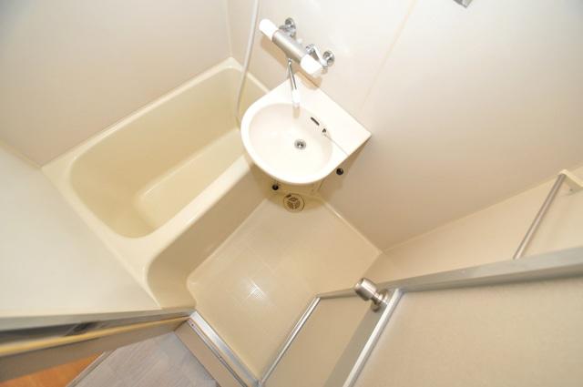 セントラルパーム ゆったりサイズのお風呂は落ちつける癒しの空間です。