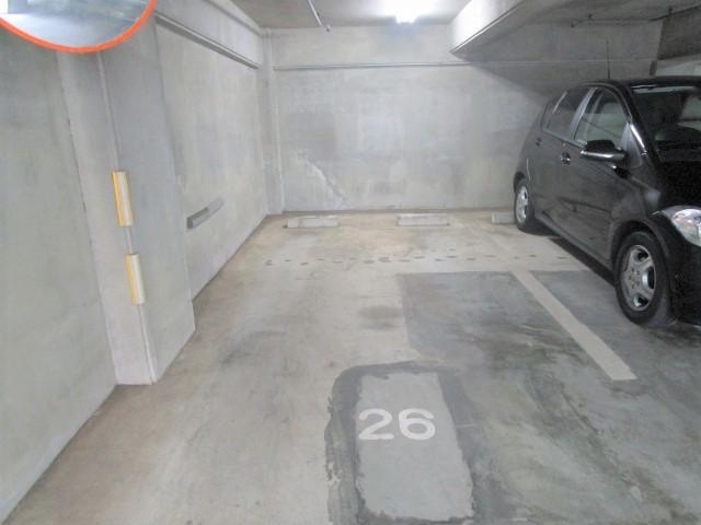 サザントゥリー東林間駐車場
