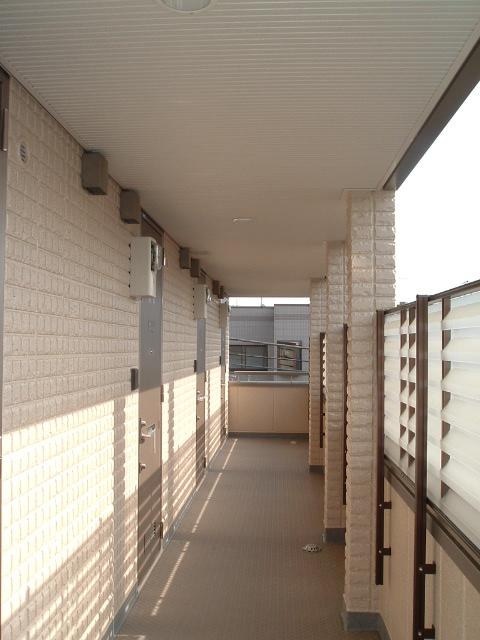 エルカーサ経堂エントランス