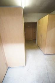 アストラール B棟 2号室