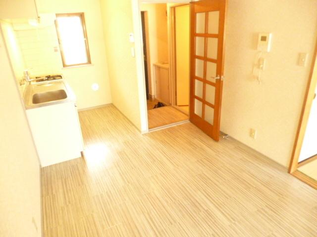 ルミエール西高島平居室