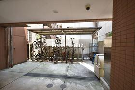 ISSEI Residence神楽坂駐車場