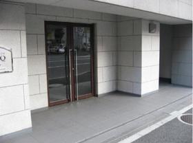 プレール・ドゥーク神田エントランス
