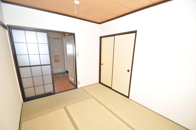 ミツワハイツⅠ 朝には心地よい光が差し込む、このお部屋でお休みください。