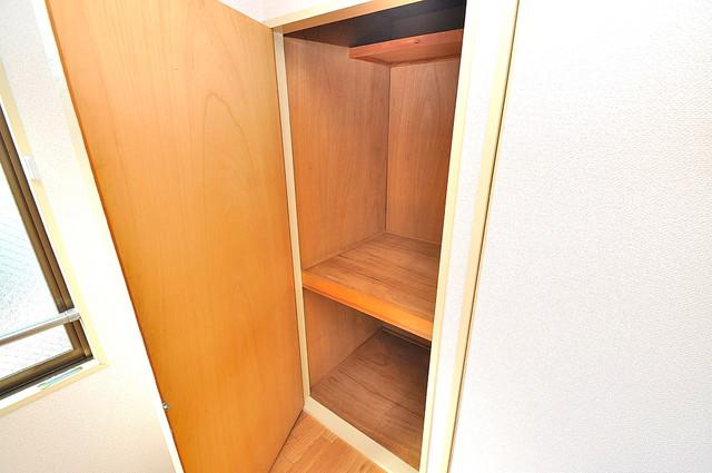 TSUJIHANAビルディング 収納がたくさんあると、お部屋がすっきり片付きますね。