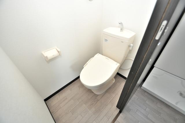 みおつくし布施 白くてピカピカのトイレですね。癒しの空間になりそう。