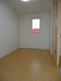 https://image.rentersnet.jp/b74394db-85c2-4b1c-8e65-7602fb8f2d96_property_picture_3520_large.jpg_cap_居室