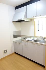 https://image.rentersnet.jp/b74d948b-ac24-4de7-9288-d4763e823893_property_picture_955_large.jpg_cap_キッチン