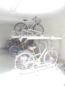 スカイコート練馬壱番館駐車場