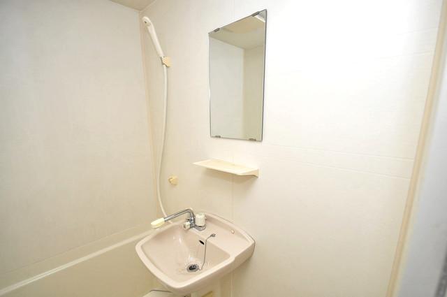 KHビル 可愛いいサイズの洗面台ですが、機能性はすごいんですよ。