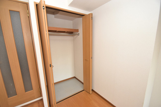 カーサ・デル・ソーレ もちろん収納スペースも確保。いたれりつくせりのお部屋です。