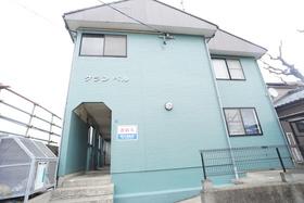 https://image.rentersnet.jp/b7acab47-0fdc-478d-8265-c732c15720ce_property_picture_956_large.jpg_cap_外観