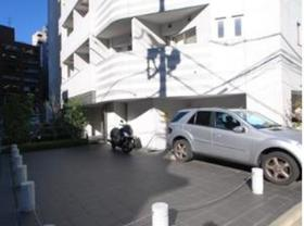 虎ノ門駅 徒歩8分駐車場