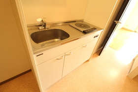 https://image.rentersnet.jp/b7c80e63-4cc4-487b-ba58-af9470597fe4_property_picture_958_large.jpg_cap_キッチン