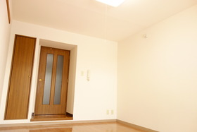 https://image.rentersnet.jp/b89ab2cd-31e8-4ffa-bd38-0f3309ccecbe_property_picture_1992_large.jpg_cap_居室