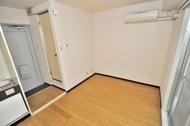 アリーヴェデルチ小阪 朝には心地よい光が差し込む、このお部屋でお休みください。