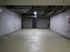 麻布第一マンションズ駐車場