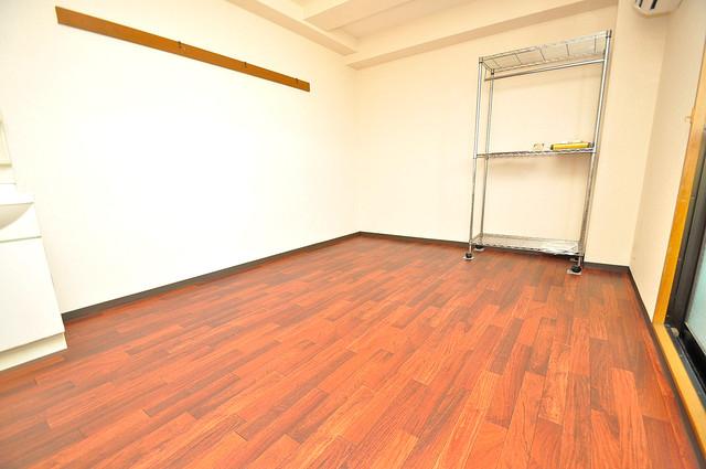 アクアオース 明るいお部屋は風通しも良く、心地よい気分になります。