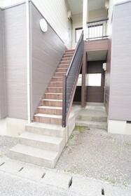 https://image.rentersnet.jp/b938f5a9-8f11-4f08-bc97-bb947036805f_property_picture_956_large.jpg_cap_エントランス