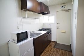 https://image.rentersnet.jp/b93a8246-f510-4ff8-8ce6-0b6f2fdb21c0_property_picture_956_large.jpg_cap_キッチン