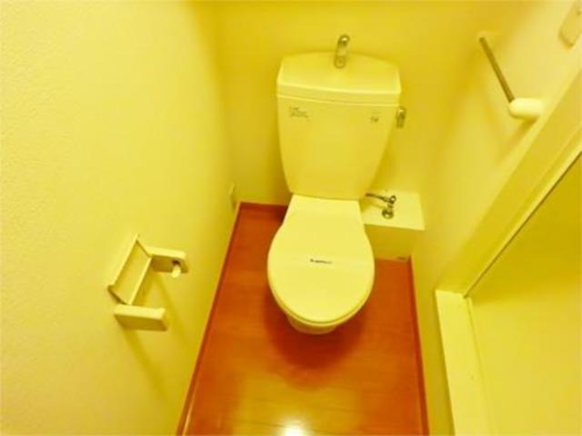 レオパレス聖蹟ロイヤルハイツトイレ