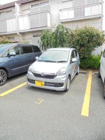ガーデンハイツ上永谷駐車場