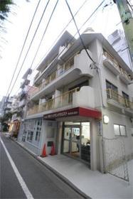高円寺駅 徒歩2分エントランス