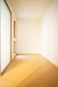 https://image.rentersnet.jp/b97a87e1-488a-4324-b648-3f4c6def1248_property_picture_3276_large.jpg_cap_居室