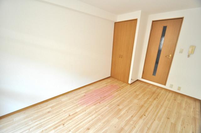 ロンモンターニュ小阪 すっきりとしたフローリングのお部屋です。