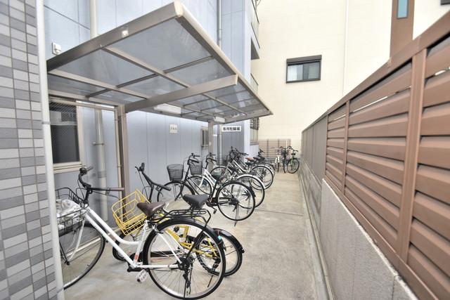 ターフィーズフラット小阪本町 あなたの大事な自転車も安心してとめることができますね。