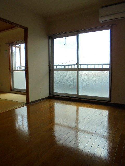 サンハイム富士見居室