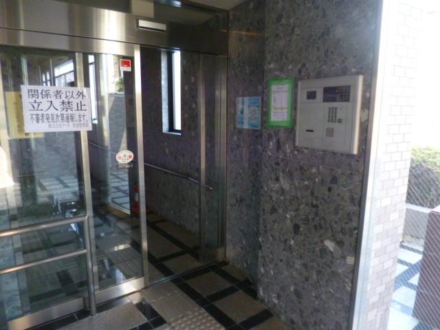 成増駅 徒歩8分エントランス