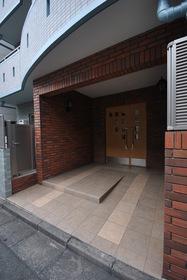 下北沢駅 徒歩5分エントランス