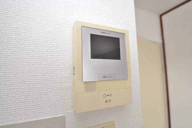 ベルハイム長瀬駅前 モニター付きインターフォンでセキュリティ対策もバッチリ。