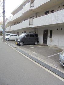 サニーオムロ駐車場