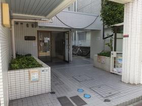 スカイコート横浜山手エントランス