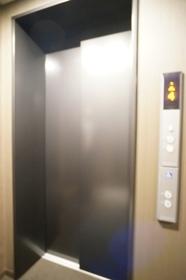 エレベーターもございます!