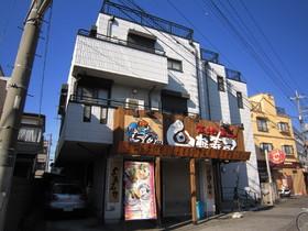 1階は回転寿司☆