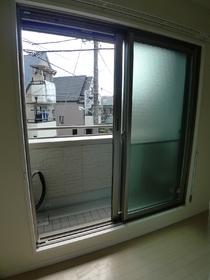 シャーメゾン・ルミエ 201号室