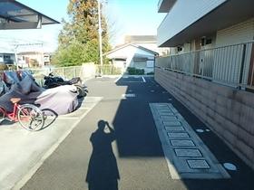 クレールコート駐車場