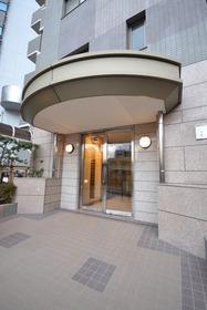 目黒駅 徒歩3分エントランス