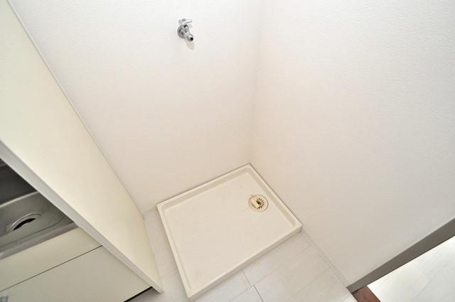 シャトル新深江 洗濯機置場が室内にあると本当に助かりますよね。