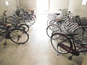 自転車専用の駐輪スペース!