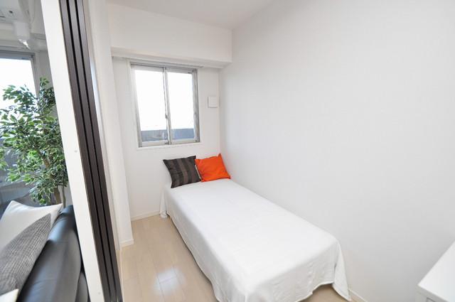 プレミアム菱屋西 落ち着いた雰囲気のこのお部屋でゆっくりお休みください。