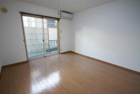 https://image.rentersnet.jp/bcd3ea54-6cd3-490e-8c82-4572cb99c1d8_property_picture_958_large.jpg_cap_居室