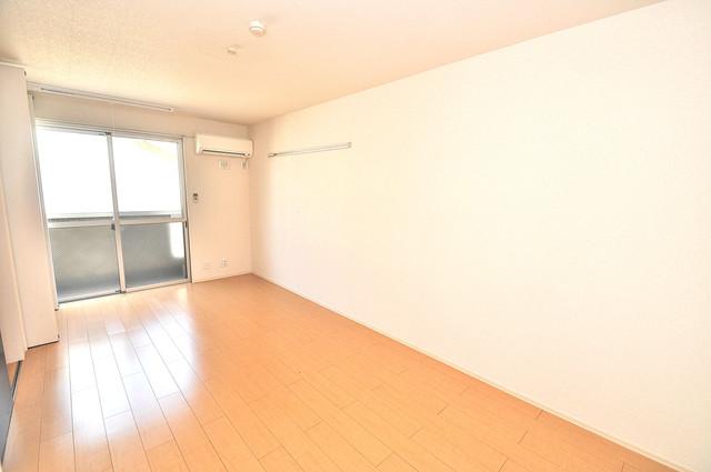 エクレール上小阪 朝には心地よい光が差し込む、このお部屋でお休みください。