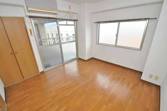 エンゼルハイツ小阪本町 解放感がある素敵なお部屋です。