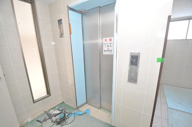 エイチ・ツーオー新深江 嬉しい事にエレベーターがあります。重い荷物を持っていても安心