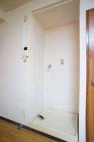 エステートSUN 301号室