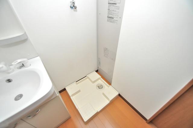 グランドール北巽 室内洗濯機置場だと終了音が聞こえて干し忘れを防げますね。